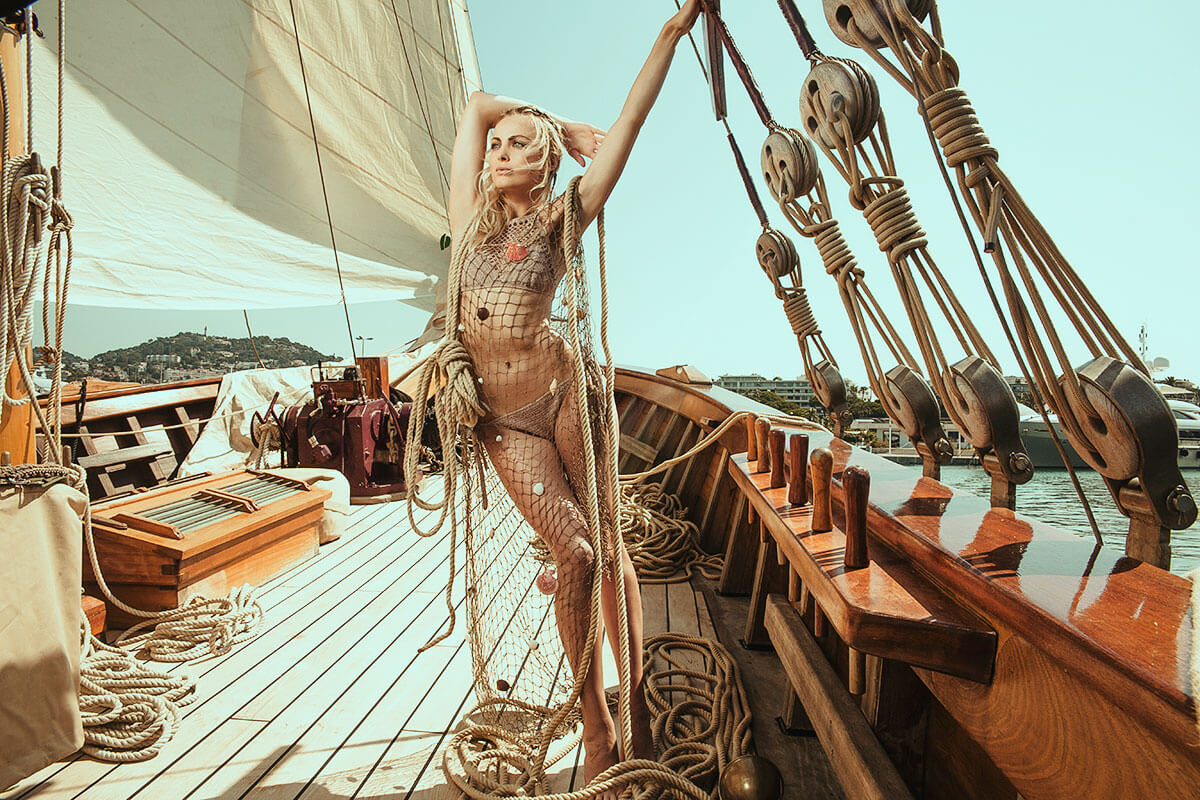 Film Look Lightroom Mobile Presets Photoshop Filters Instagram Travel Blogger Moody Cinematic Warm Earthy Tones Boho Photography Video LUTs