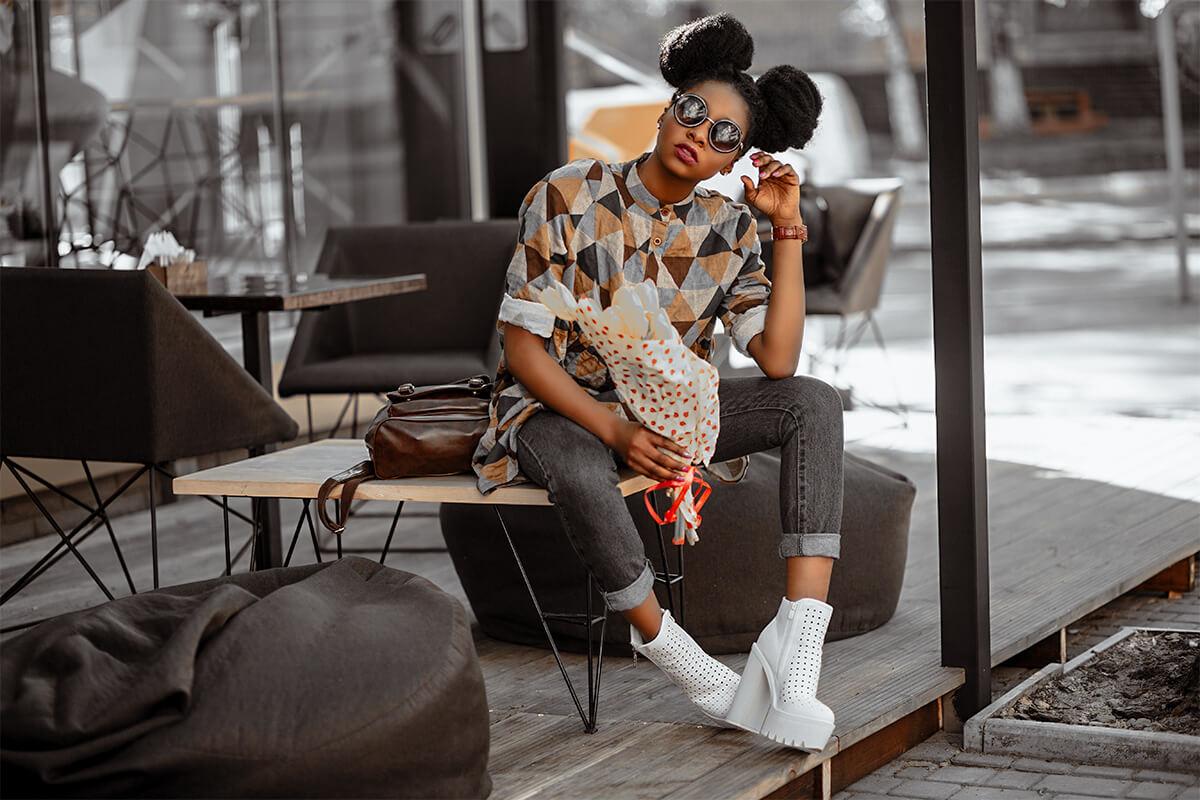 Rich Lightroom Mobile Presets Photoshop Instagram LUT Filter Film Fashion Travel Blogger Dark Moody Black Golden Bright Lifestyle influencer